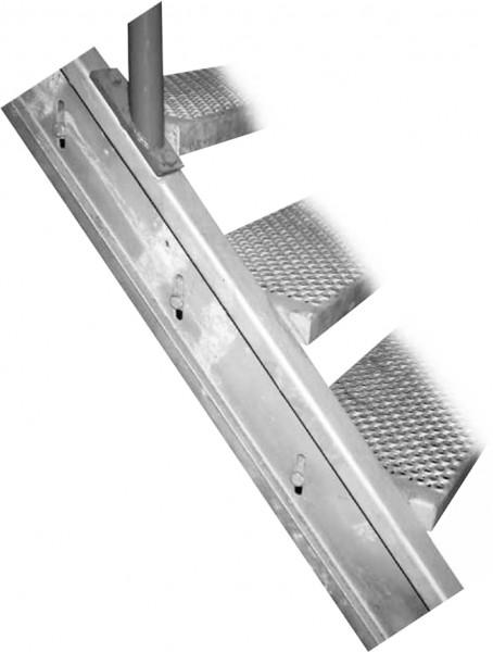 Geperforeerde trapwang - 3950 mm - 14 treden