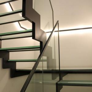 trapleuning in staal en glas