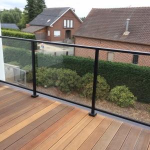 aluminium balustrade met glas voor terras